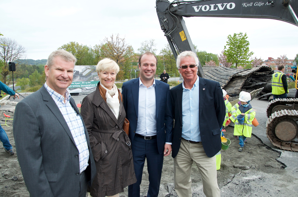 Left-right: Chairman Tor Henning Ramfjord at GCE NODE, CEO Anne-Grete Ellingsen at GCE NODE, CEO Johan Martin Ugland at J. B. Ugland and former CEO of NODE, Kjell O. Johannessen.