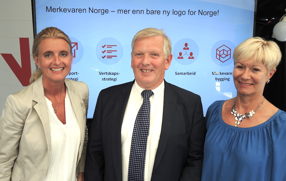From a meeting at Arendalsuka Thursday (left-right): Cathrine Pia Lund, director of Norway Brand, Per Erik Dalen, CEO at GCE Blue Maritime and Anne-Grete Ellingsen, CEO at GCE NODE. Photo: Innovation Norway