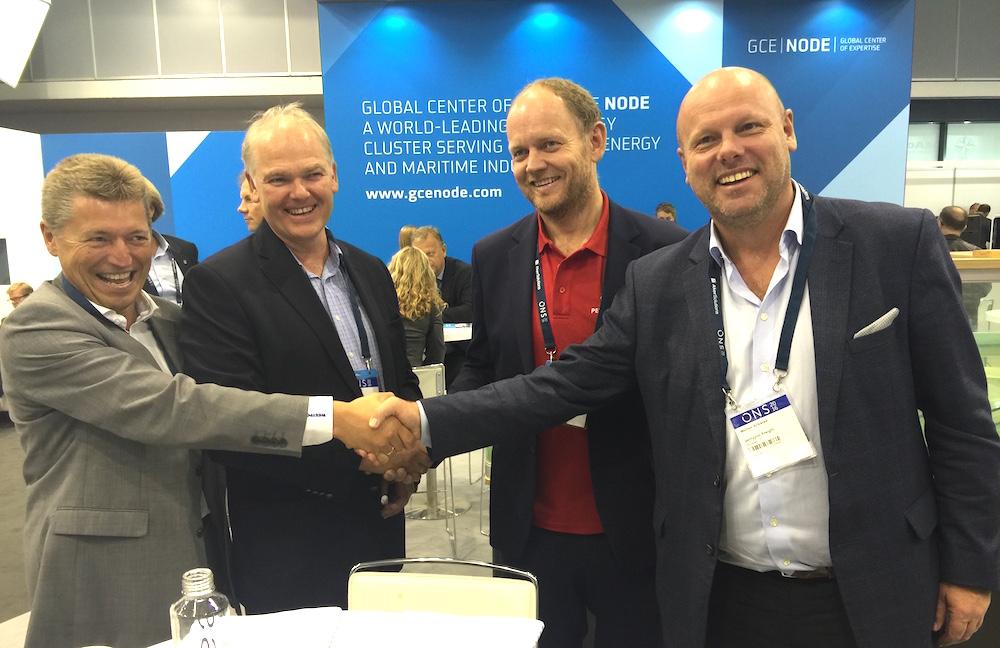 Left-right: Jan Arvid Nese (Risavika), Steinar Madsen (Risavika), Lars Reidar Grimestad (Pentagon) and Morten Årikstad (Pentagon) signed the deal at ONS in Stavanger Tuesday.